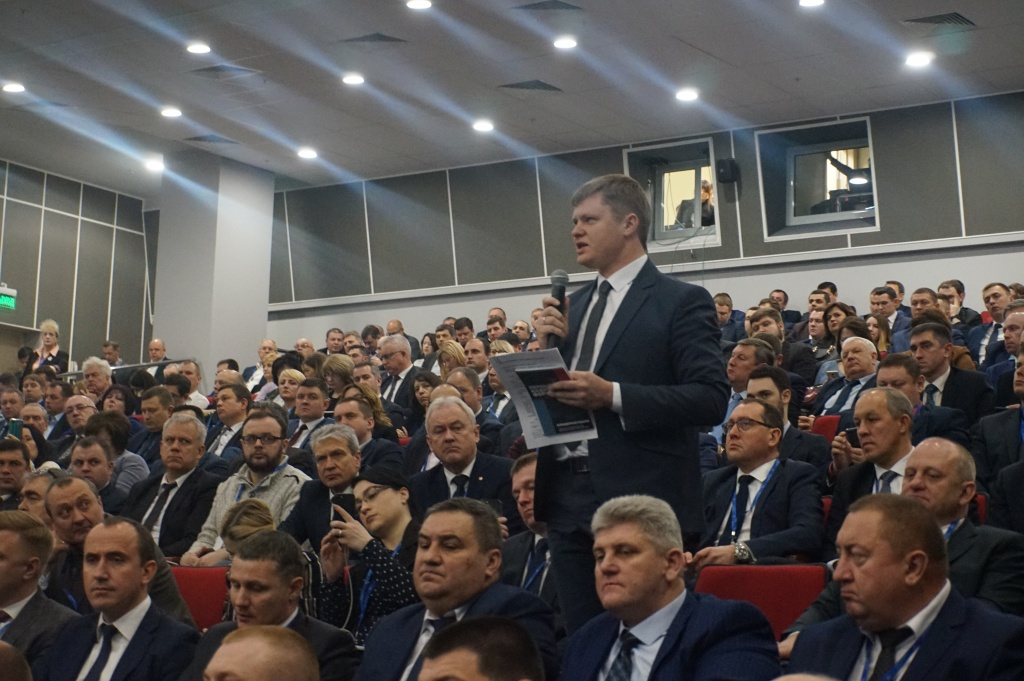 исполняющий обязанности главы Кореновского городского поселения Максим Шутылев.JPG